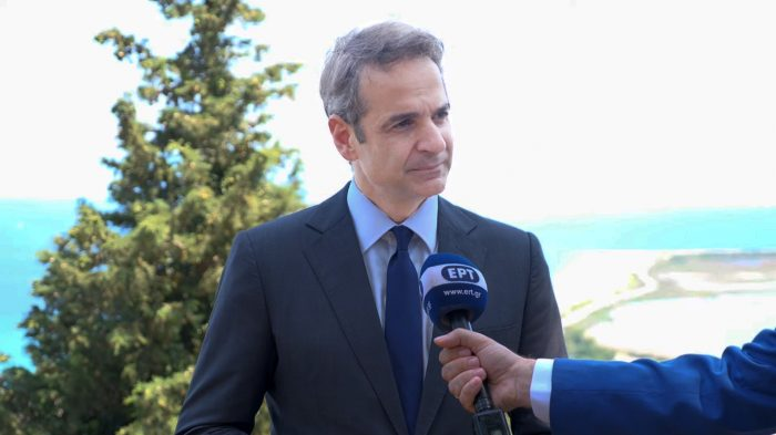 Opposition Leader Mitsotakis Calls for National Unity and EU Sanctions Against Turkey 13
