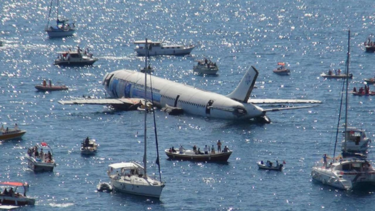 Turkey scuttles plane to boost scuba-diving tourism 4