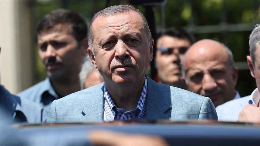 Erdogan congratulates CHP's Istanbul mayoral candidate 1