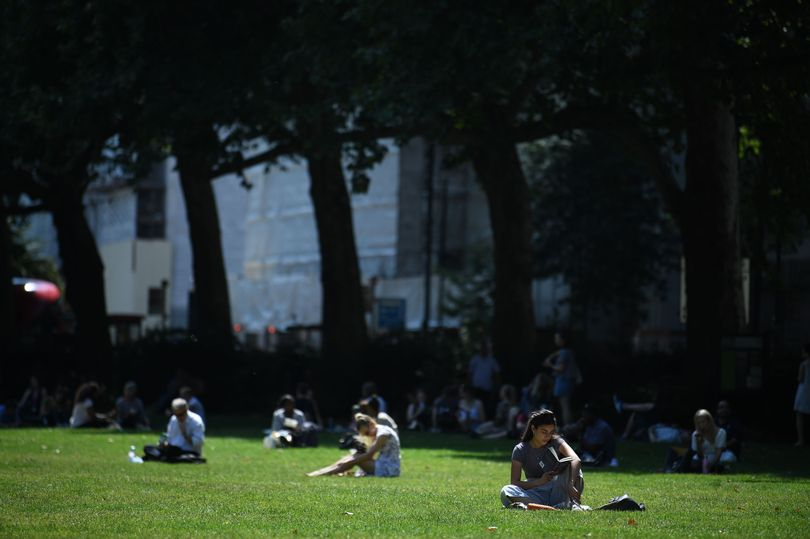 London will be hotter than Egypt, Turkey, Cyprus, Greece and Spain tomorrow 15