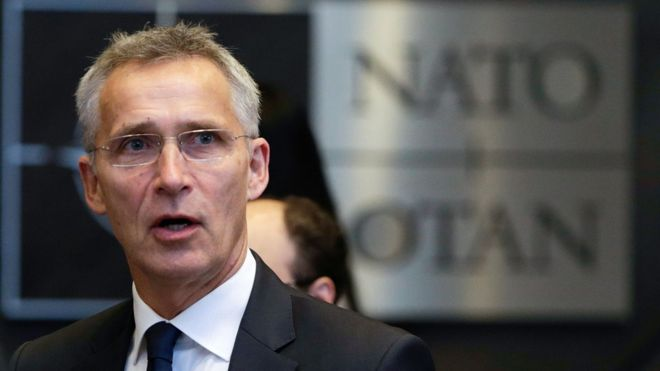 Nato chief calls on Russia to save INF nuclear missile treaty 8