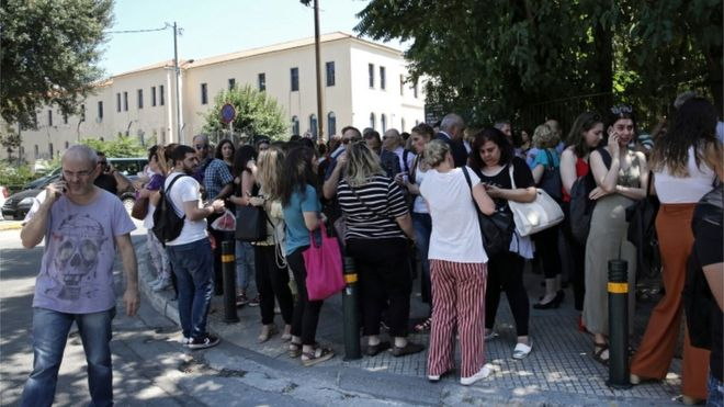Greek earthquake: Powerful tremor shakes Athens 17