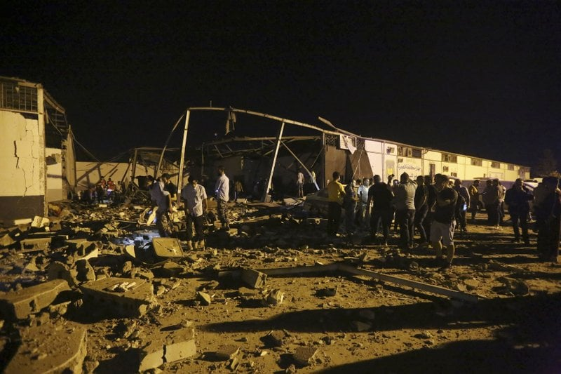 Airstrike hits Libyan detention center, killing 44 migrants 17