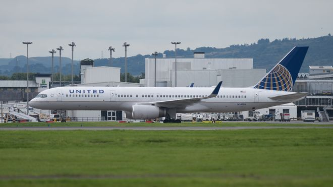 Pilots arrested at Glasgow Airport before boarding US flight 23