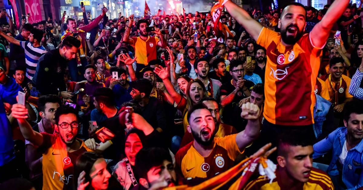 Top Turkish soccer club Galatasaray secures debt rescue deal 1