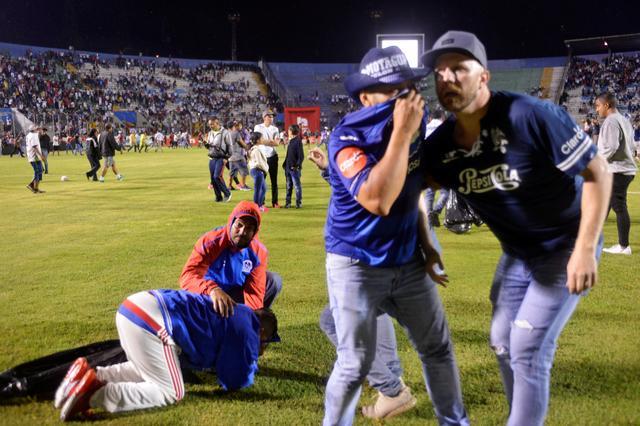 Old grudge between Honduras football fans sparks riot that kills three 19