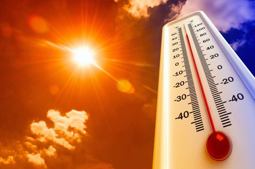 Met Office issues yellow alert at Cyprus sizzles at 40 C 15