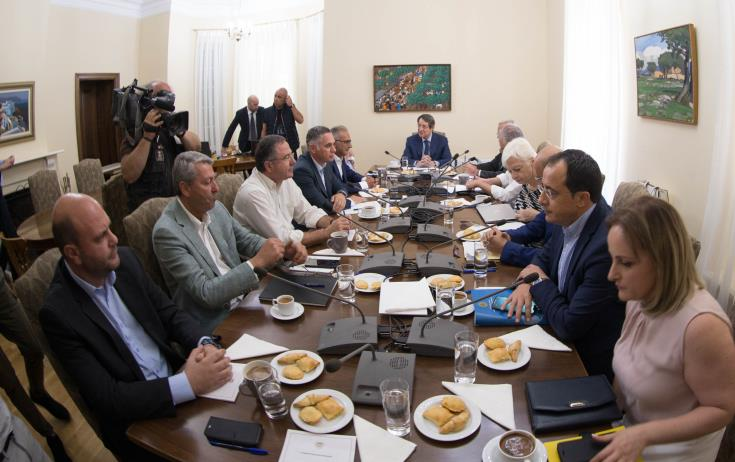 Anastasiades aims at a creative meeting with Akinci, 1