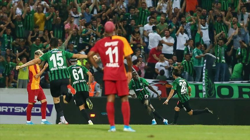 Denizlispor beat Galatasaray in opening match 15