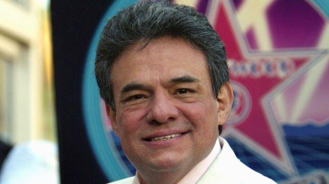 José José: Mexico's 'Prince of Song' dies aged 71 13