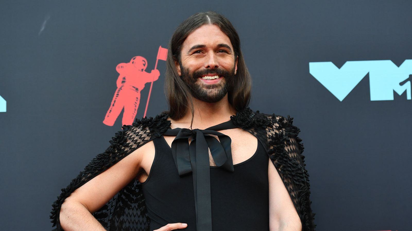 Queer Eye star Jonathan Van Ness to 'take a break' after revealing HIV diagnosis 1