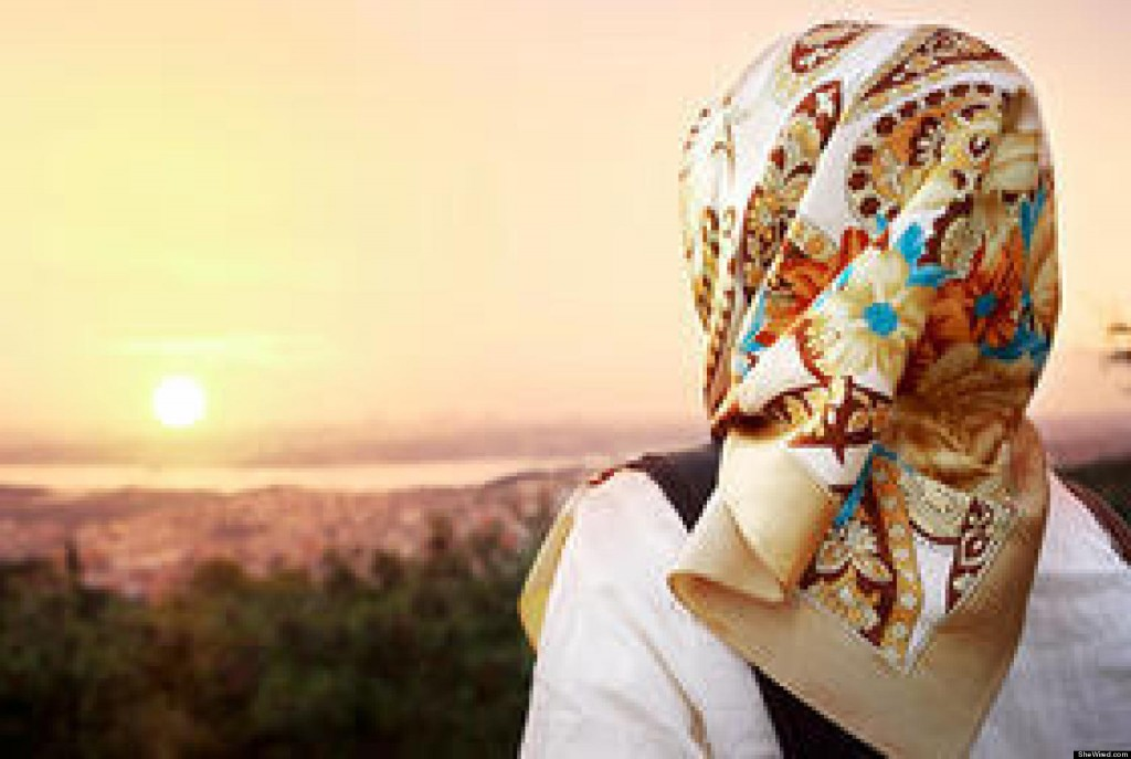 head teacher asks girl wearing headscarf to leave 14
