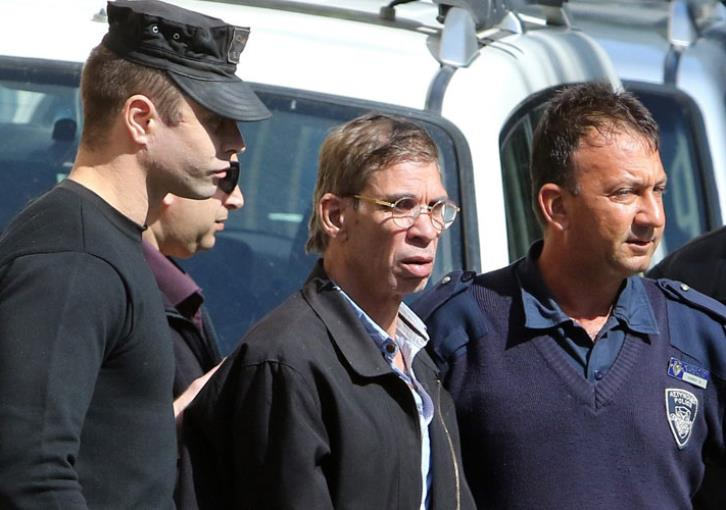 Egypt hands life sentence to Egyptian plane hijacker 9