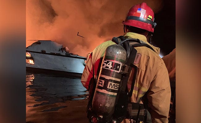 Major rescue under way after California boat fire 1