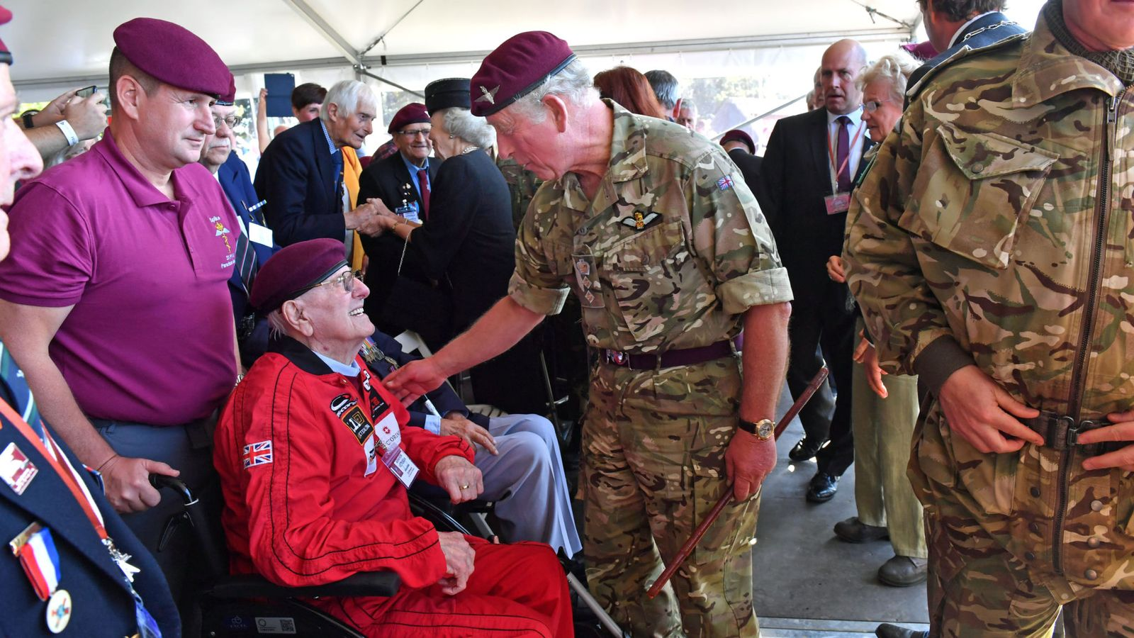 Arnhem: Veteran, 97, completes parachute jump to mark 75th anniversary memorial 1