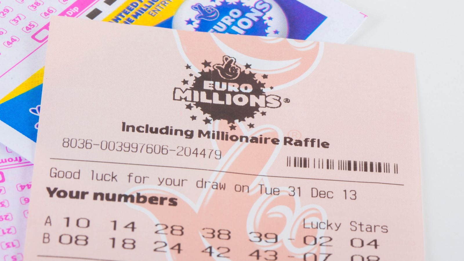 EuroMillions rolls over for 18th time as jackpot nears £167m limit 1