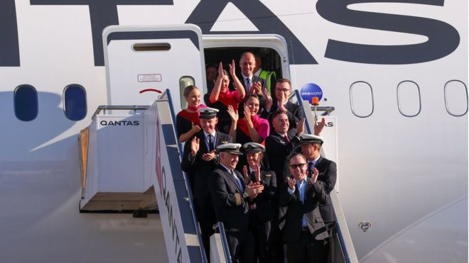 Qantas completes test of longest non-stop passenger flight 7