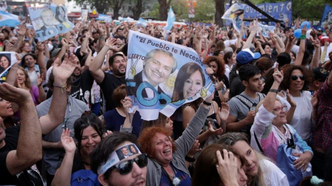 Argentina election: Centre-left Alberto Fernández wins presidency 16