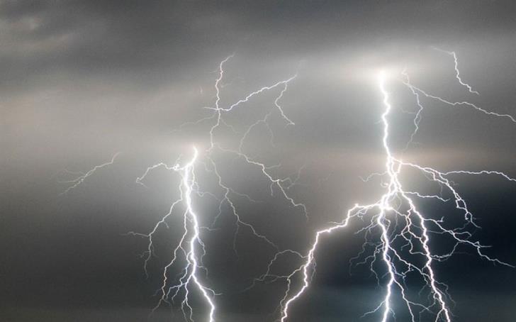Thunderstorm and Lightning Battering Karpaz area 1