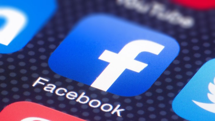 Facebook corrects user's post under new Singapore fake news law 7
