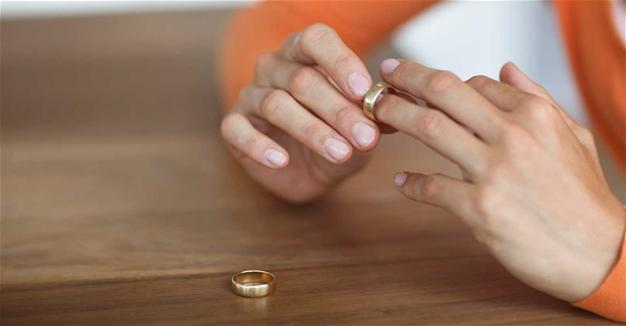 Divorce is Sweet in izmir (Video) 13
