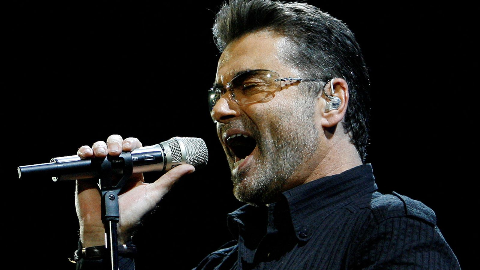 George Michael's first new track since his death is released 10