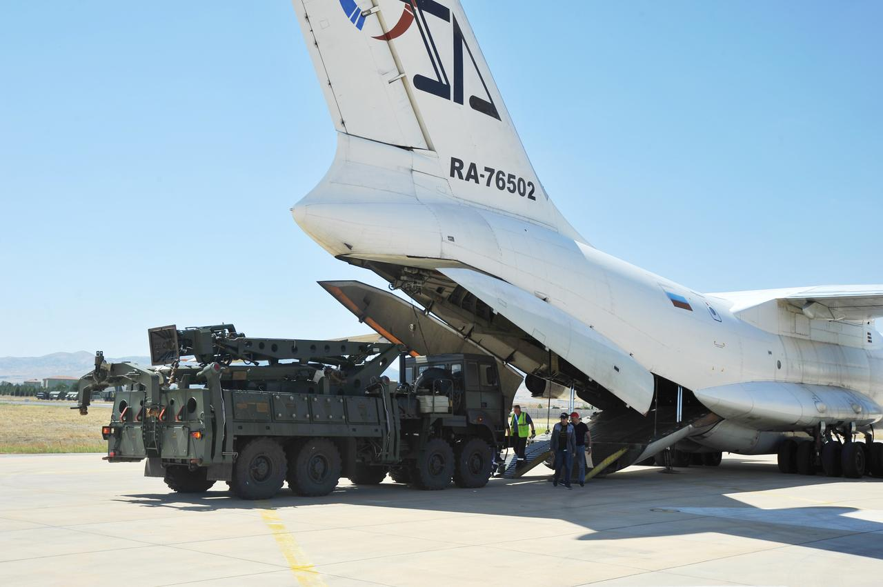 Turkey says it bought Russian S-400s to use them, not put them aside 9