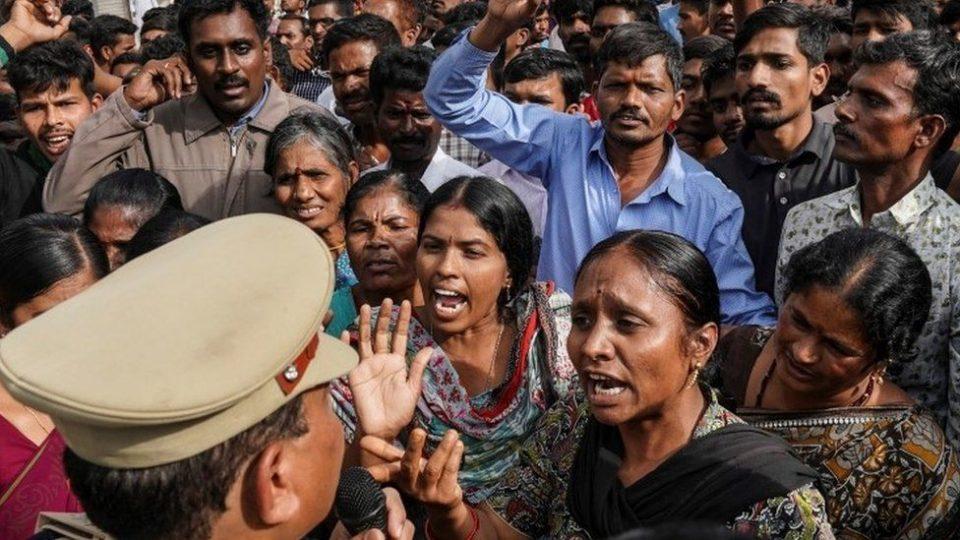 India vet murder: Outrage mounts over Hyderabad rape killing 11