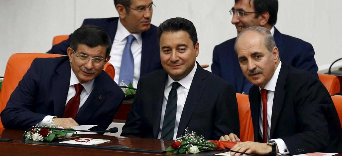 Davutoğlu, Babacan could nab votes of disillusioned AKP supporters 21