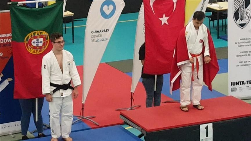 Turkish athlete bags gold medal at JUDOWN competition 12