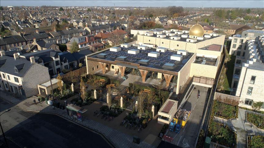 Turkish leader to open landmark eco-friendly mosque in Britain 9