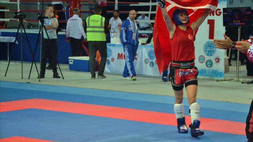 Turkish women win gold medals in Kickboxing World Cup 13