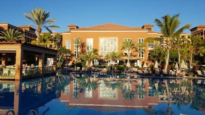 Coronavirus: Tenerife hotel