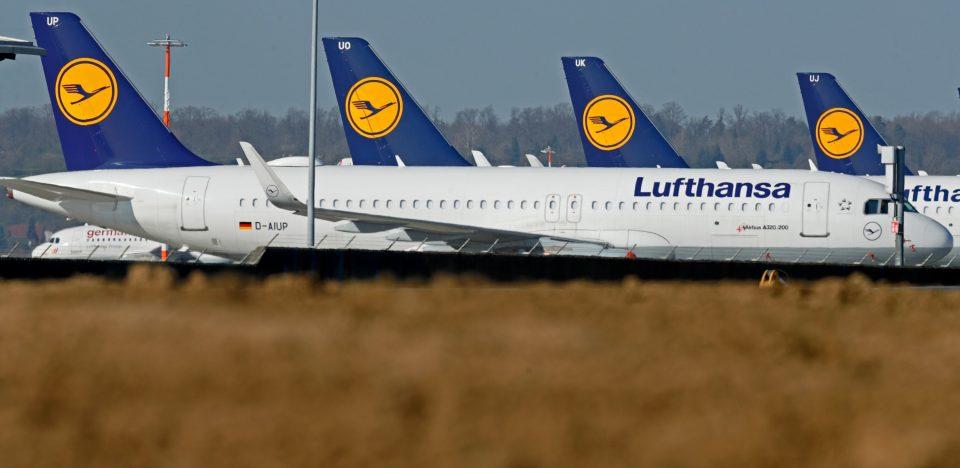 European airlines look to resume flights, despite dim outlook for industry 15