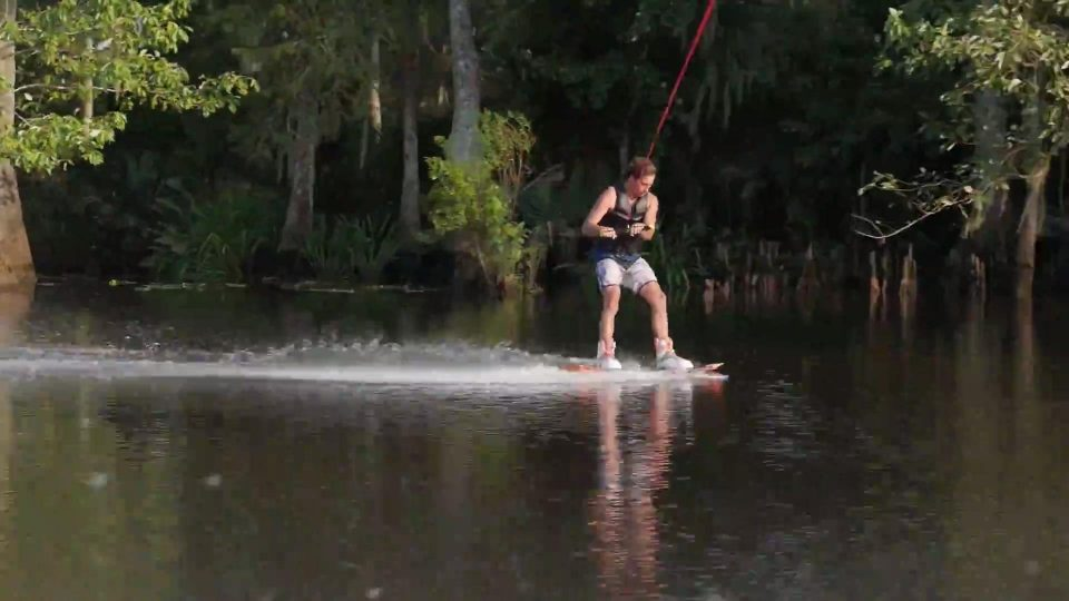 Guy Slams Face First Into Water While Wakeboarding