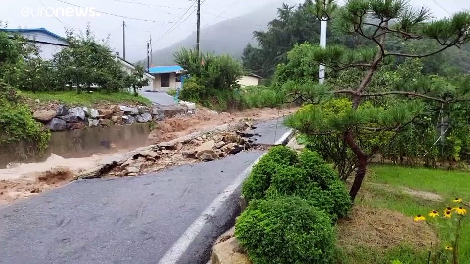 Torrential rain causes flooding and landslides in South Korea, leaving 6 dead